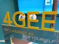 EE's 4G success sees owners hold out for more money EE's joint owners Orange and Deutsche Telekom have shelved plans to float the network on the stock exchange.