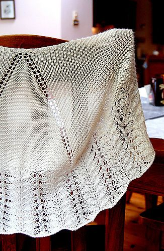 This is the second design from knitabulous yarn's Indian Summer Yarn Club.