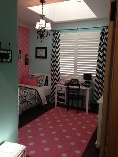 Girls room chevron print polka dots black pink bedroom decor teen