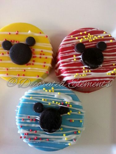 Mickey Mouse Chocolate Covered Oreos