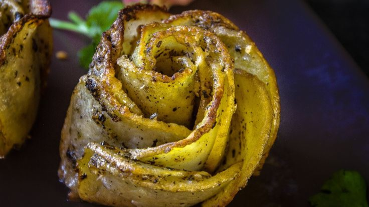 Potato Roses - How to Make Rose-Shaped Parmesan Potato Gratins