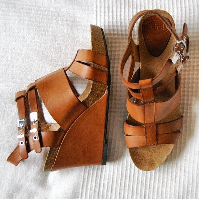 Dr. Scholl's cognac leather wedge sandals