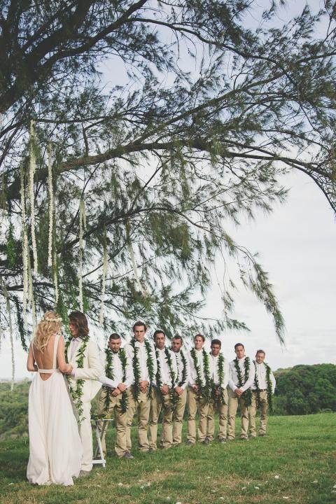 Hawaiian Wedding / Danny Fuller & Tori Praver / Wedding Style Inspiration / LANE
