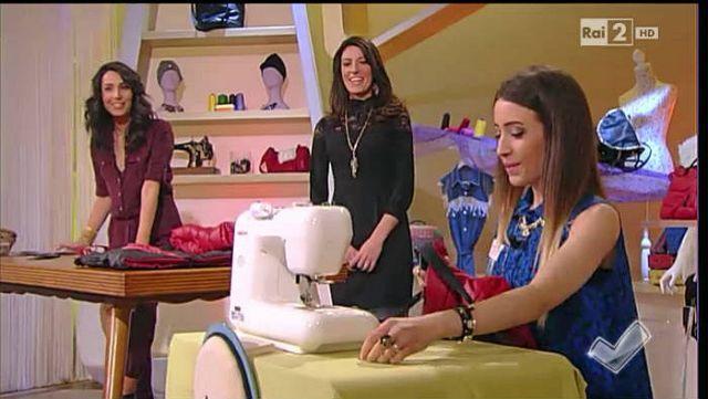 Marthia Saracino cuce una borsa con un vecchio piumino - Detto fatto 28/01/15