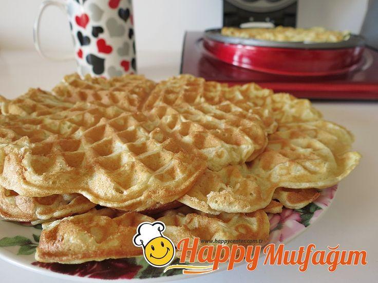 Hem tuzlu, hem tatlı olarak tüketebileceğiniz waffle tarifi geliyor:  Mayalı Waffle için Malzemele... devamını okumak için tıklayın.