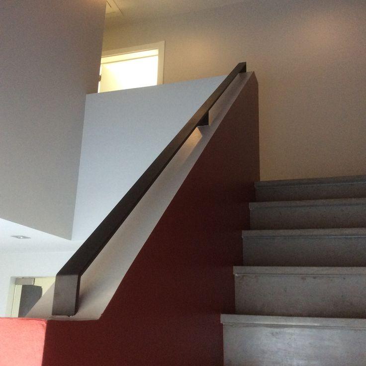 17 beste afbeeldingen over trappen op pinterest trappenhuizen stenen trap en trapleuningen - Redo houten trap ...