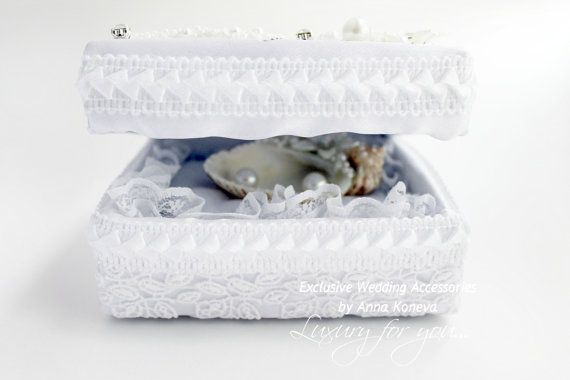 Seashell Wedding Ring Holder Ring bearer pillow by JewelryBouquet