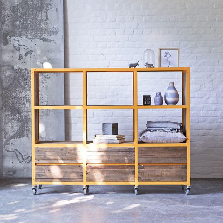 Bibliothèque en bois recyclés et métal 162x130 atelier orange