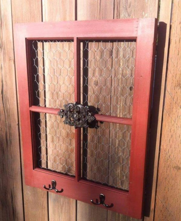 Pin By Rebekah Sudsberry On Crafts For Sale Old Window Frames Window Pane Decor Chicken Wire