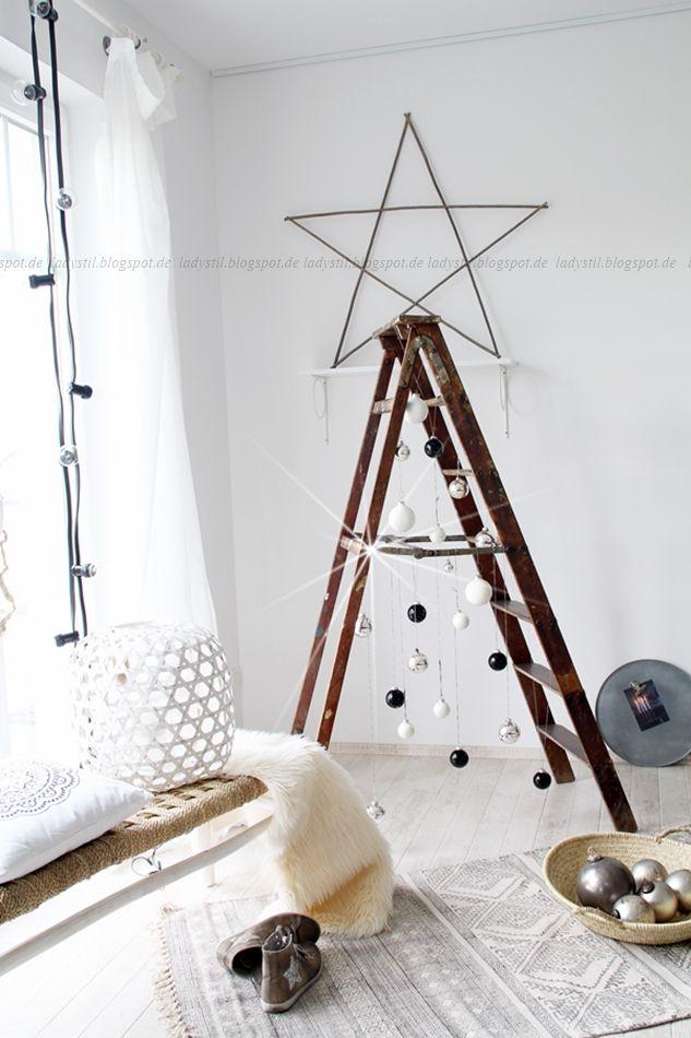 diy leiter weihnachtsbaum weihnachten leiter. Black Bedroom Furniture Sets. Home Design Ideas