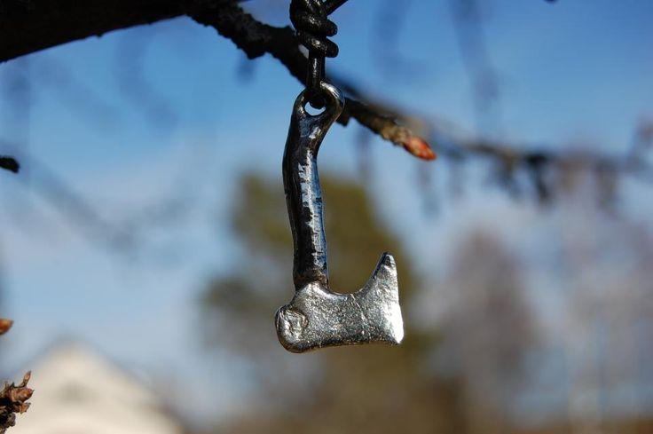ALTI   –  Yxa i silver