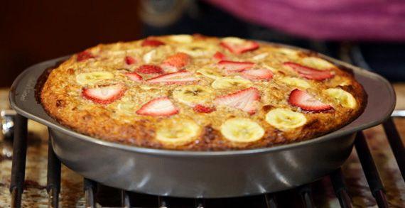 Bodybuilding.com - Healthy Recipes: Natalie Hodson's Strawberry Banana Oatmeal Protein Bake