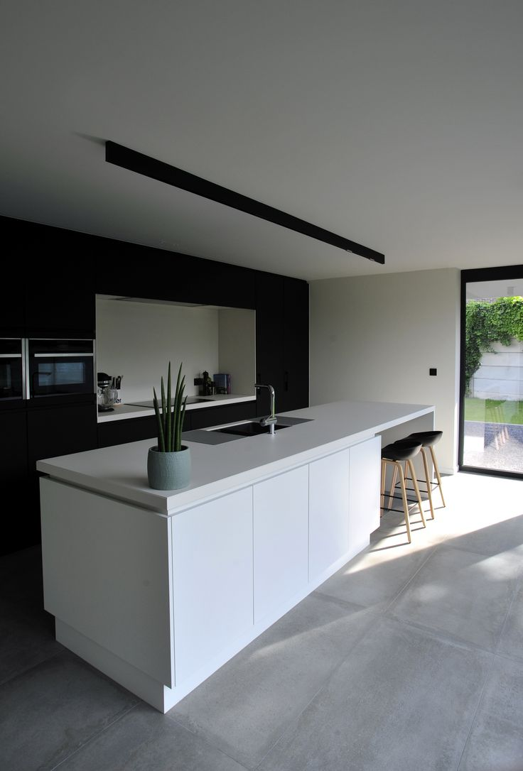 BLACK&WHITE Kitchen | BAO-ARCHITECTEN | BELGIUM | Mijn Huis Mijn Architect 2016 |