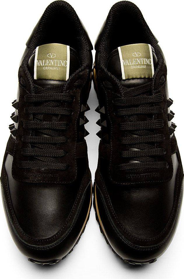 Valentino: Black Leather Rockstud Sneakers