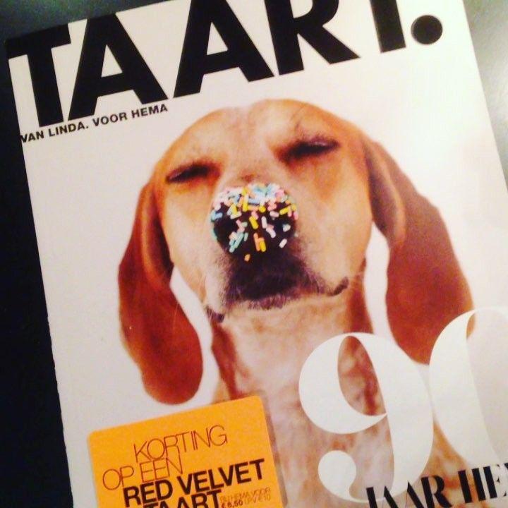 Hoera het is feest! HEMA is 90 jaar en daarbij hoort TAART. Hét speciale magazine uitgebracht door de makers van LINDA. Kek Mama mocht bij de lancering aanwezig zijn. Nu bij HEMA te verkrijgen. @hemanederland @linda_magazine #kekmamamagazine #kekmama #hemanederland #hema90 #hema90jaar #hemataart #taart #linda_magazine #magazine