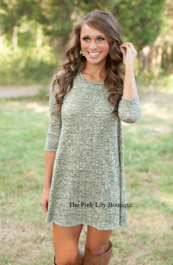 Like this color dress, not quite in love with the pattern, but its alright, love the length, sleeves, neckline