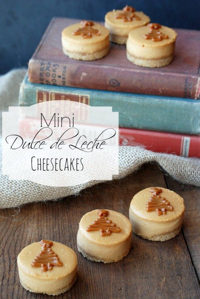 These Mini Dulce de Leche cheesecakes are made with the Nestle Dulce de Leche Cheesecake baking kit. They looks so easy and delicious!