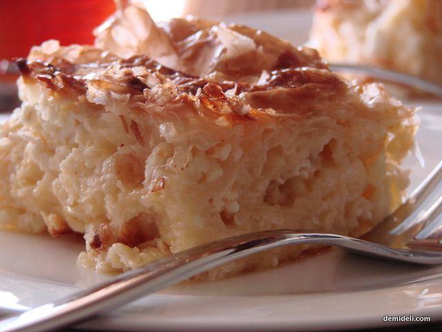 Greek Cheese Pie / Σουρωτή Τυρόπιτα