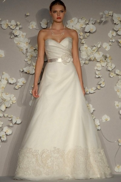 Jim Hjelm JH8002: Beautiful Jim, Hjelm Jh8002, Jim Hjelm, Wedding Dresses, Hjelm Gowns, Hjelm 8002, Dresses Ideas, Receptions Ideas, Bridal Gowns