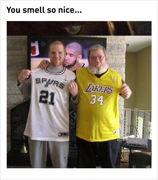 Tim Duncan's accidental photobomb funny meme