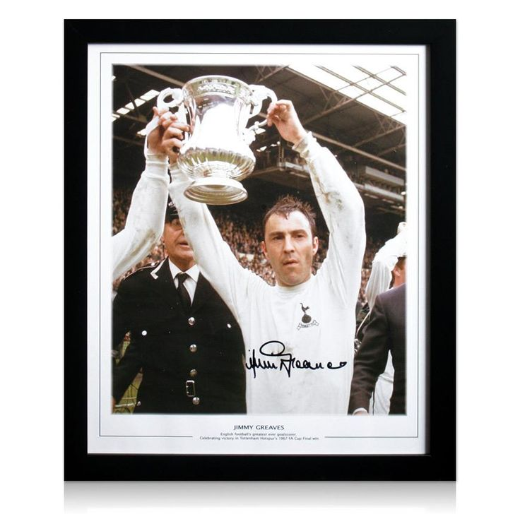 Framed Jimmy Greaves Autograph - Lifting 1967 FA Cup