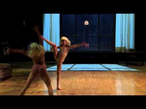 Sia - Chandelier live ( Dancing with the Stars ) - YouTube