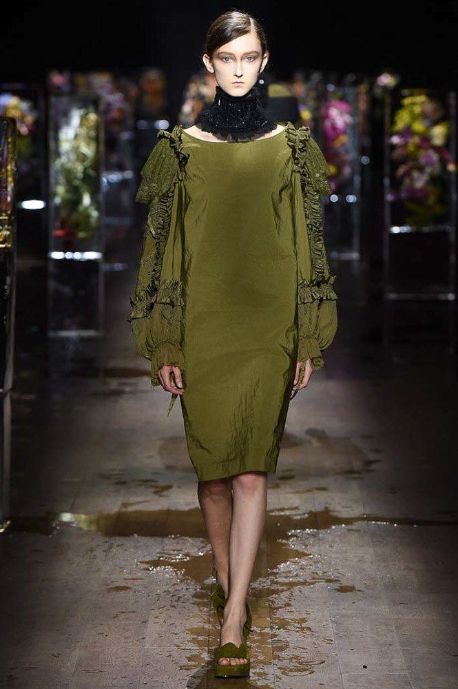 Dries Van Noten Spring 2017 Ready-to-Wear Fashion Show