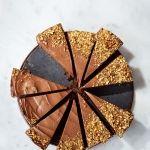 Ezt együk kánikulában 2. rész: Fagyasztott csokoládés-mogyorós sajttorta