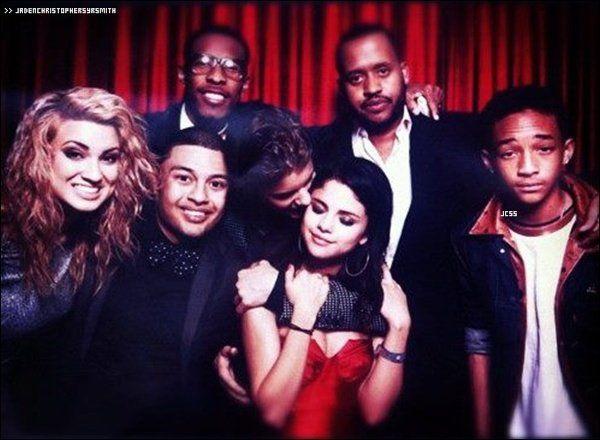 . ♦ 02/03/12 : (soir) Jaden Smith s'est rendu au 18 ème anniversaire de Justin Bieber. Il y avait beaucoup de grandes personnalités comme Selena Gomez , Ashley Tisdale , Alfredo Flores ... .