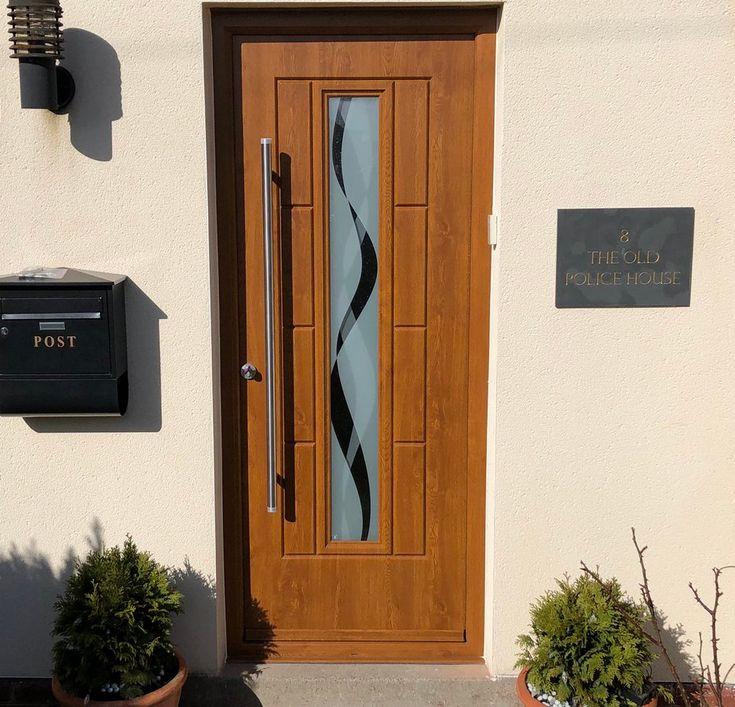 A beautiful Light Oak Vermont with Haze glass and bar handle. #Rockdoor #HomeImprovements