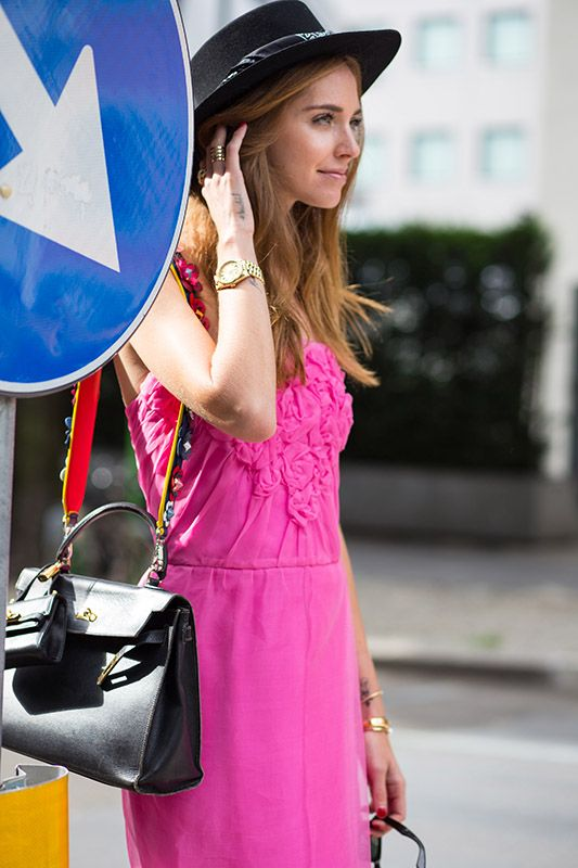 SS16 streetstyle details Pink dress  long blonde hair flowers  black hat