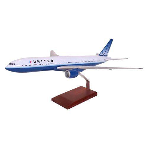 Daron Worldwide Boeing B767-300 United Model Airplane - KB767UATR