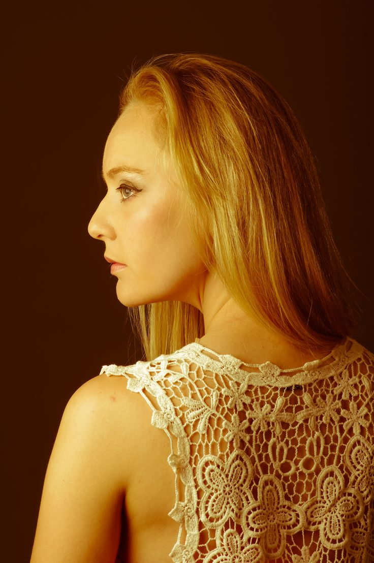 Model: Jurika Geldenhuys Photographer: Linda Cronje Greyling Location: Reflekt Studio Hartenbos