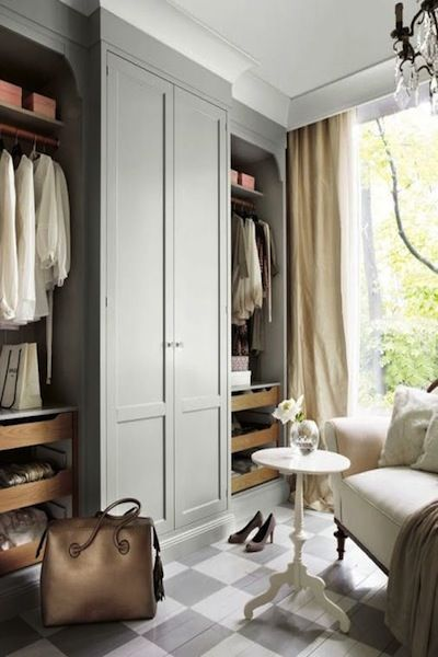 Classic and Natural Bedroom Cupboard Design