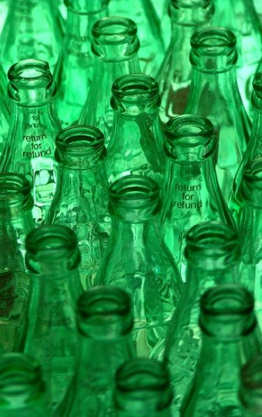 .7 green bottles hanging on the wall,1 green bottle accidently fall..........
