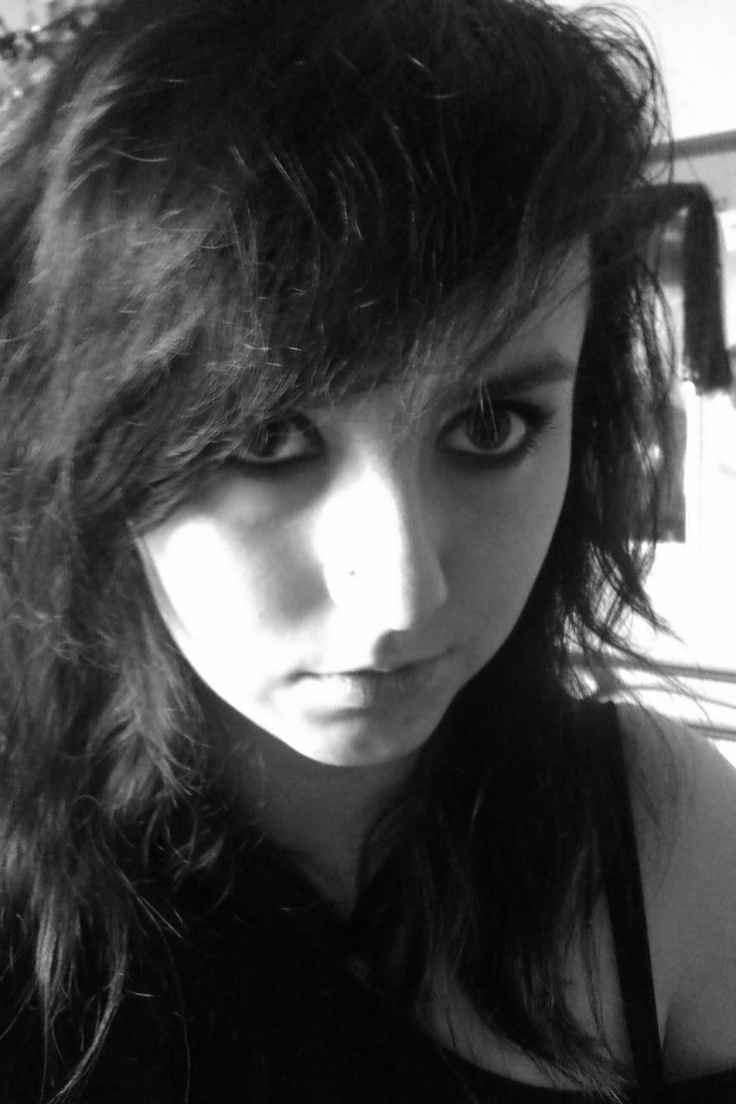 A picture of me I actually like :) #girl #scene_girl #emo_girl #makeup #photography #b #nose_piercing #piercing