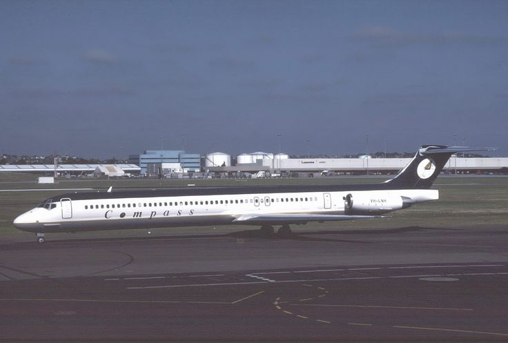 compass airlines australia -MD-80
