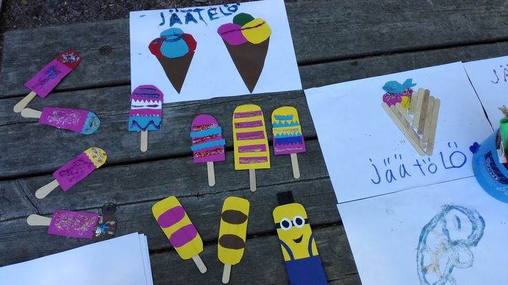 Mitä kesätekemistä sitä keksisi? Voisi leikkiä jäätelökiskaa! Askartele vanhoista jädetikuista ja paperista mehukkaita kesäjäätelöitä, piirr...