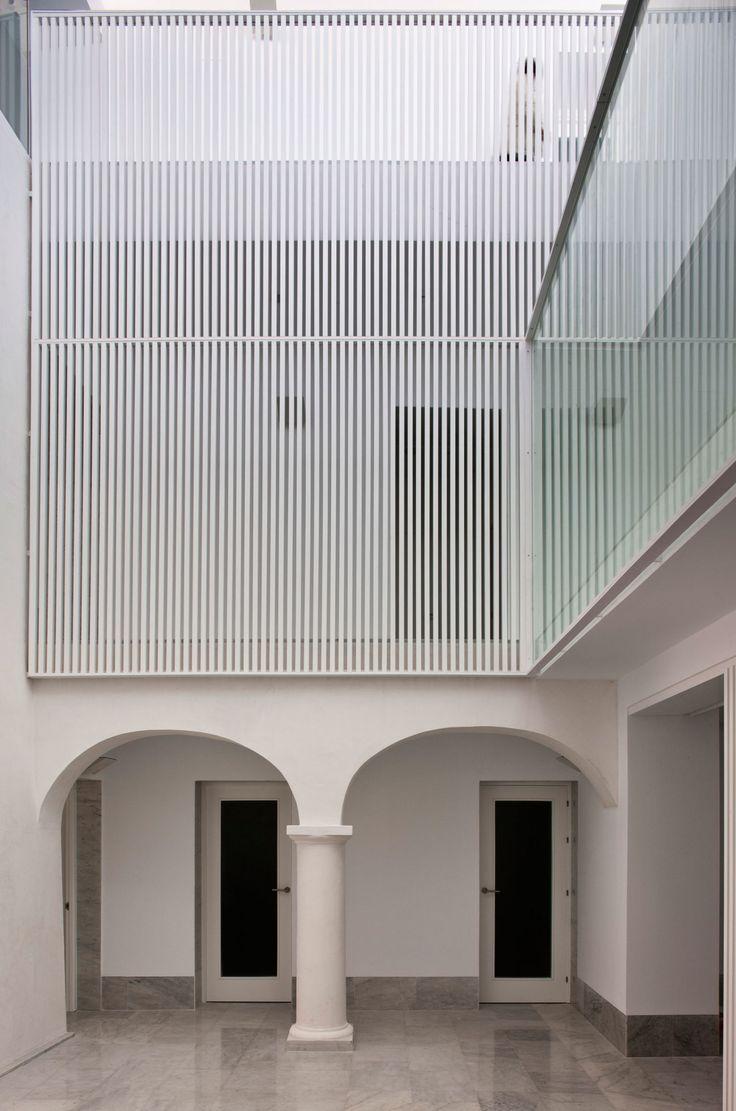 Francisco Reina, Fernando Alda - www.fernandoalda.com · Diañez House · Divisare