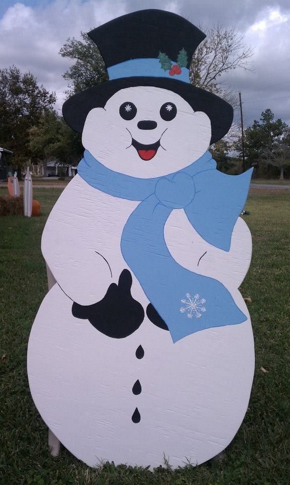 Wooden yard art! Snowman! www.facebook.com/thewackywoodshop
