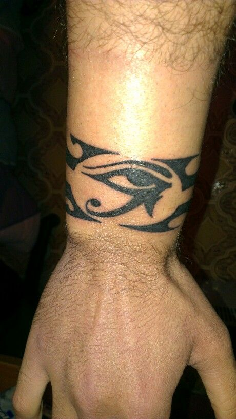 Eye of Ra or Horus with bracelet (Occhio di Ra con bracciale)