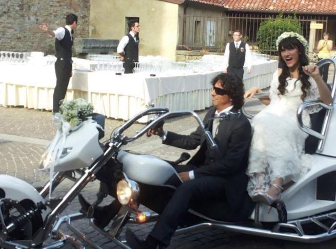 L'arrivo in grande stile di Elisa Toffoli al suo Matrimonio