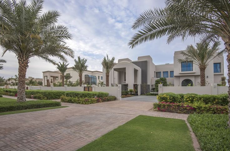 48 million 30 000 square foot mega mansion in dubai front for Mega homes for sale