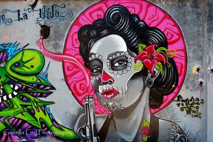 Dia de los muertos graffiti art google search graffiti for Dia de los muertos mural