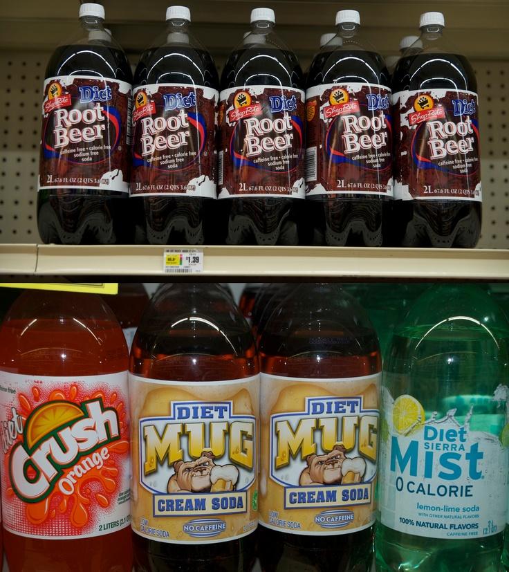 N'oublions pas deux boissons qui n'existent pas en France: le cream soda, une boisson gazeuse à la vanille et la root beer que l'on ne peut décrire si ce n'est que les kids américains en raffolent (bon d'accord imaginez un soda goût chewing-gum).