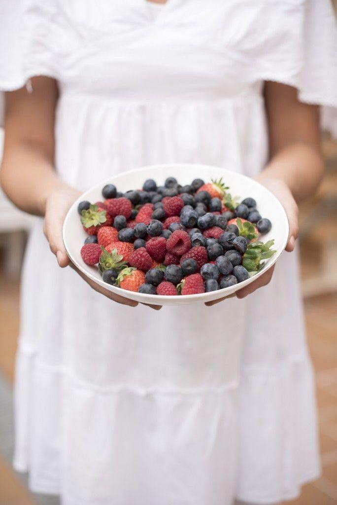 Eduardo Nuca, fresas, arándanos. Fotografía luminosa y de calidad. Salamanca