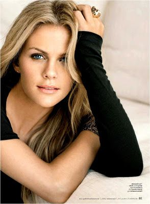 Brooklyn Decker Height, Weight, Body Measurements