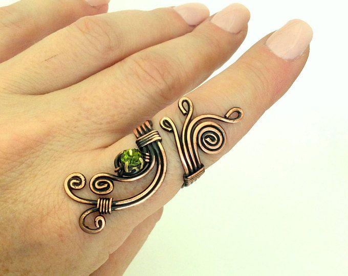 filo di rame con filo anello di pietra di cristallo verde avvolto gioielli gioielli di filo di rame fatti a mano