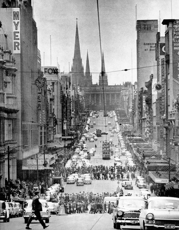 1959 Bourke St looking East