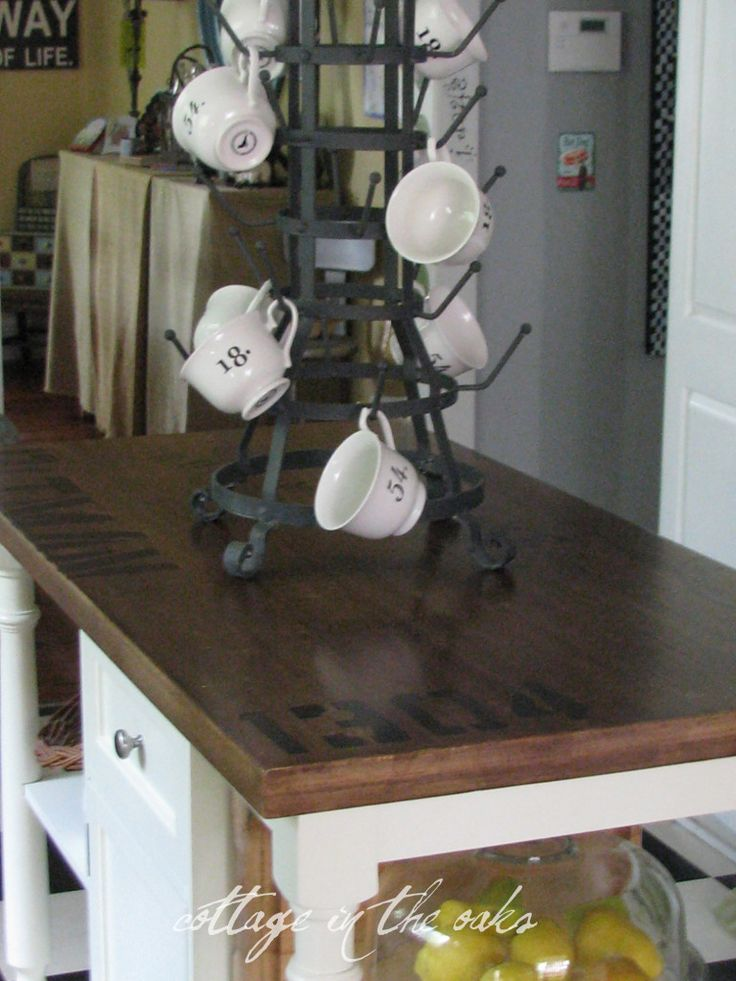 antiqued kitchen island how-to #diy